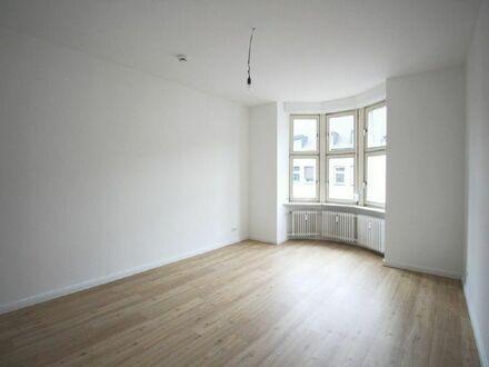 Attraktive, sanierte Wohnung mit Balkon in zentraler Lage mit vielen Extras zu vermieten!
