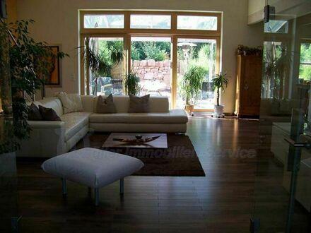 Exklusives Komforthaus in herrlicher Wohnlage Nähe Landstuhl/Kaiserslautern