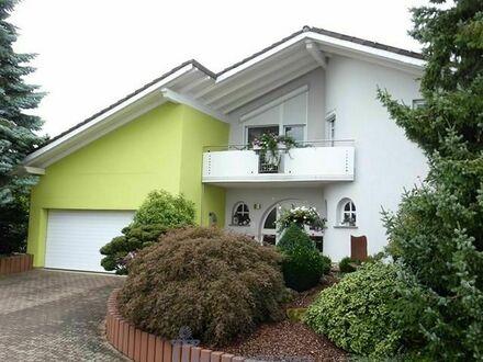 Moderne luxuriöse Landhaus-Villa auf der Sickinger Höhe