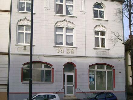 Schöne 4/5 Zimmer Altbauwohnung mit Parkettböden