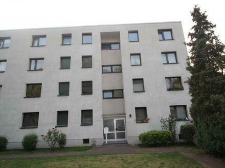 Duisburg-Neuenkamp, große 2 Zimmerwohnung im 1.Obergeschoß