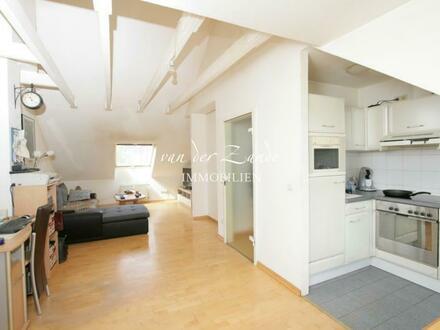 Gemütliche 2-Zimmer Dachgeschosswohnung in zentraler Lage. Dießem/Lehmheide