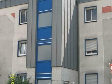 Schöne helle Mietwohnung mit Balkon