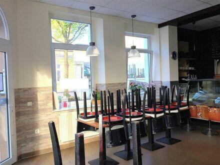 Café/Lokal/Ladenlokal mit kompletter Einrichtung (Ablöse 30000€) in guter Innenstadtlage abzugeben