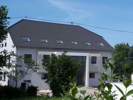 Neubau! Exlusive 4 ZKB-Wohnung mit gr. Balkon (Erstbezug war in 2019), ca. 4 Km von Saarlouis, Überherrn-Felsberg.
