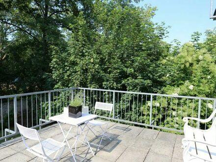 Projektwohnung: Schöne, komplett möblierte kleine Wohnung mit Sonnenterrasse - im schönen Pempelfort