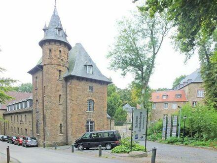 Schloss Schellenberg - Arbeiten im historischen Umfeld