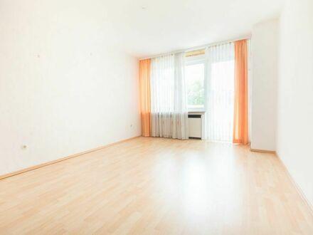 *verkauft * barrierearme Wohnung in WAT-Mitte mit Fahrstuhl, Balkon, Eigennutzung mgl.