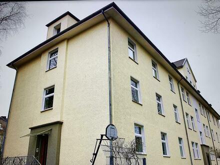 Wunderschöne Dachgeschosswohnung im Villenviertel von Bad-Godesberg mit Ausbaureserve