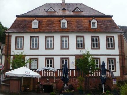 Repräsentative, gepflegte Büroflächen in historischem Gebäude