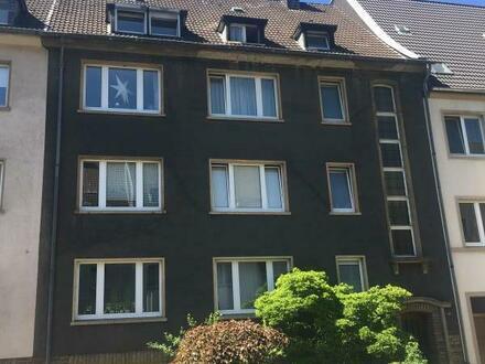 Großzügige, lichtdurchflutete Wohnung im beliebten Saarlandstraßenviertel mit 146 qm über 2 Etagen