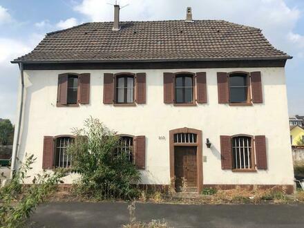 Sanierungsobjekt in Rheinnähe!!! Denkmalschutz