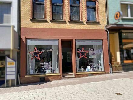 Renoviertes Ladenlokal mit vielen Nutzungsmöglichkeiten in perfekter Lage!!!