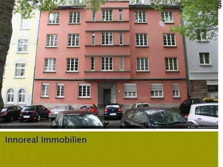 Schön geschnittene 2-Zimmer-Wohnung in Altbau im Kaiserstraßenviertel