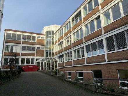 Großzügige und vielseitig nutzbare Büro- oder Praxisflächen auf drei Etagen mit Kantine in Bielefeld-Stieghorst!