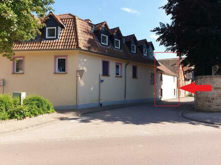 RB Immobilien – Eigentumswohnung mit Garage in Sankt Johann, 2,5 Zimmer in kleiner Wohneinheit.