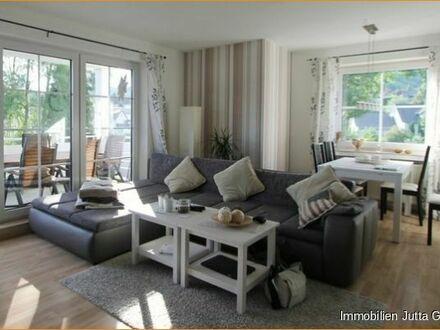 3 Zimmerwohnung mit Balkon und Garage