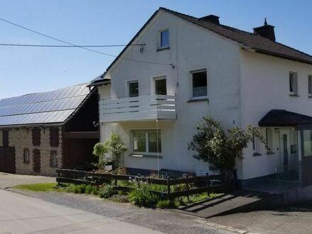 Mehrgenerationenhaus in idyllischer Ortsrandlage!