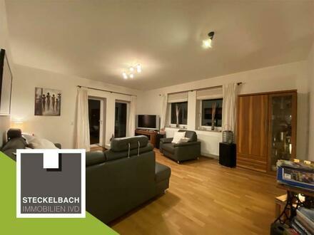 Moderne, helle DG-Wohnung