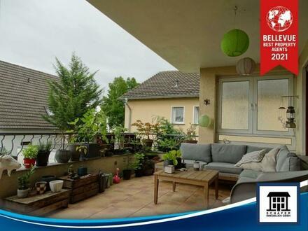 2 Traumbäder, große Dachterrasse und Carport in Rheinbacher Toplage!