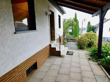 Zweifamilienhaus im Ortskern von Neuwied-Feldkirchen!