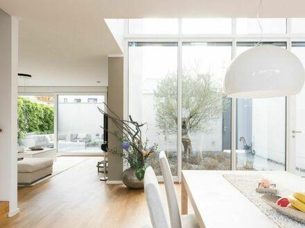 Traumhaft schönes Einfamilienhaus mit hochkarätiger Ausstattung in exclusiver, kleinen Wohnanlage