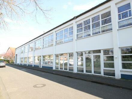 Viel Fläche für kleine Miete - Vielseitig nutzbare Büro- / Lager- / Ausstellungsfläche in Bonn-Beuel