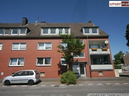3 Raumwohnung im Dachgeschoss *wenig Schrägen* 64 qm
