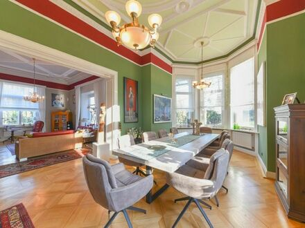 Repräsentativer Firmensitz in herrschaftlicher Villa