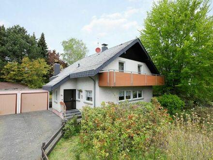 Geräumiges Einfamilienhaus mit zwei Garagen in Bad Honnef - Aegidienberg (Wülscheid)!