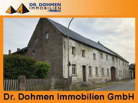 Ehemaliger Viereck - Bauernhof mit Stallungen, Nebengebäuden und großem Grundstück in Erkelenz – Kleinbouslar