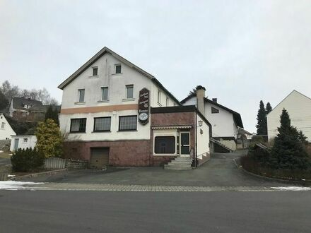 *Zwangsversteigerung* Zweifamilienhaus + Wohn- und Geschäftshaus in Gefrees