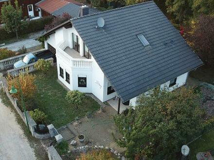 Träumen am Kamin * wunderschönes Landhaus * Garage und Carport * idyllisches Grundstück in Ortsrandlage