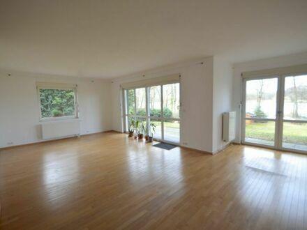 Helle 3-Zimmer Erdgeschosswohnung mit tollem Grundriss, Gemeinschaftsgarten und Blick auf den Lehnitzsee