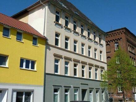 *Große 4,5-Zimmer- familienfreundlich - nähe Bahnhof*