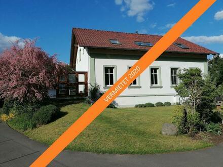 5 Zimmer, 2 Bäder in Top gepflegtem Landhaus