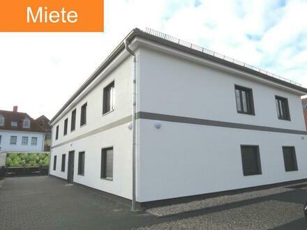 Neubau - Schmucke Dachgeschosswohnung in angenehmer Wohnlage