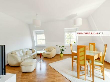 IMMOBERLIN.DE - Familienfreundliche Wohnung mit ruhigem Balkon in bestem Zustand