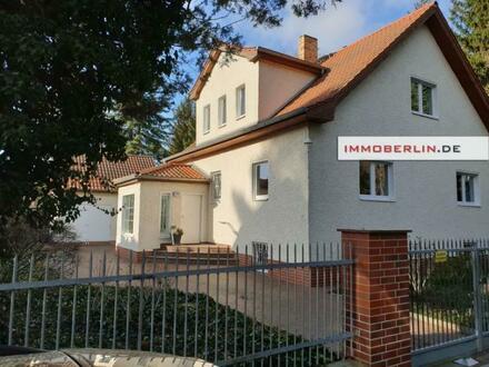 IMMOBERLIN.DE - Großzügiges Ein-/Zweifamilienhaus mit Gartenidylle in traumhafter Lage