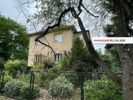 IMMOBERLIN.DE - Charmantes Einfamilienhaus und/oder Baugrundstück in sehr guter Lage