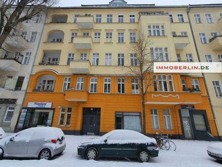 IMMOBERLIN.DE - Feine Altbauwohnung mit Westbalkon in sehr attraktiver Lage