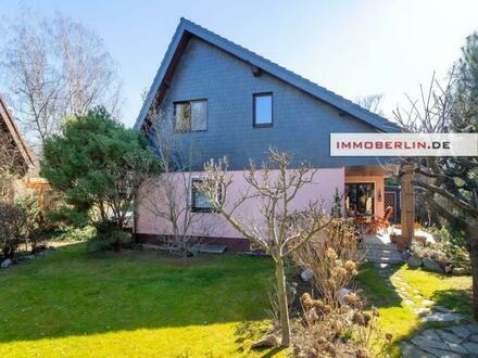 IMMOBERLIN.DE - Frappante Architektur! Sehr gepflegtes Einfamilienhaus mit Südwestgarten in wohnlicher Lage