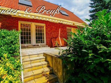 Schuster & Preuß - qualifizierter Auftrag - Biesdorf Süd - Einfamilienhaus auf 800 m² Südgrundstück mit 4 Zimmern, 2 Bädern,…