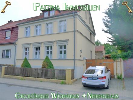 Momentan Reserviert!!! Modernisierungsbedürftiges Generationenhaus + Nebengelass in Caputh