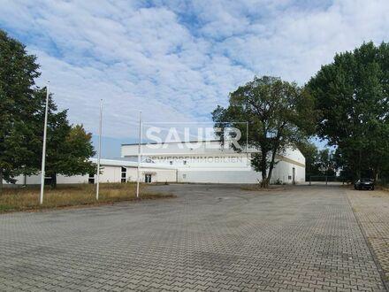 11.950 m² Grundstück mit 2.640 m² Lager-/Ausstellungs- und Büroflächen *2594*