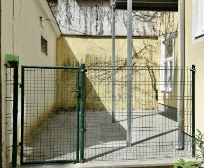 Altbauwohnung im EG mit Terrasse