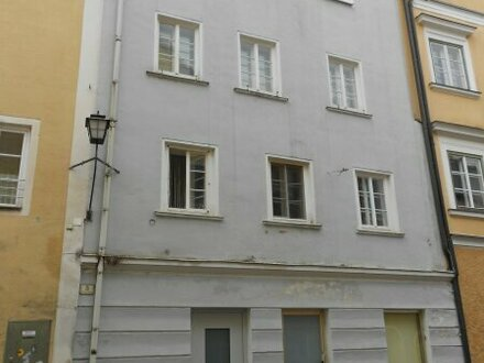 Gewerbe/Geschäft/Werkstatt in der Altstadt von Braunau zu verkaufen !