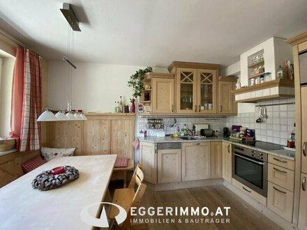 Gepflegte Eigentumswohnung mit fantastischem Bergblick, Terrasse und Garten in zentraler Lage von Kaprun zu verkaufen