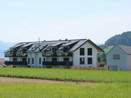 Stadtnah & direkt am Grünland! 3-Zi. Wohnung in Elixhausen!