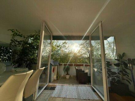 Wunderschöne 5 Zimmerwohnung mit Westterrasse